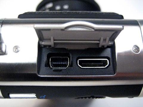 Olympus camera met mini HDMI